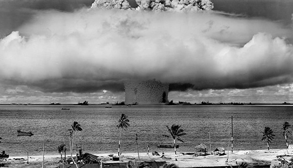 Seafloor scar of Bikini A-bomb test easy considered