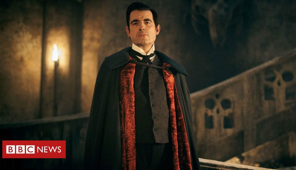 Dracula: Critics applaud 'packed with life and relaxing' revival of vampire traditional