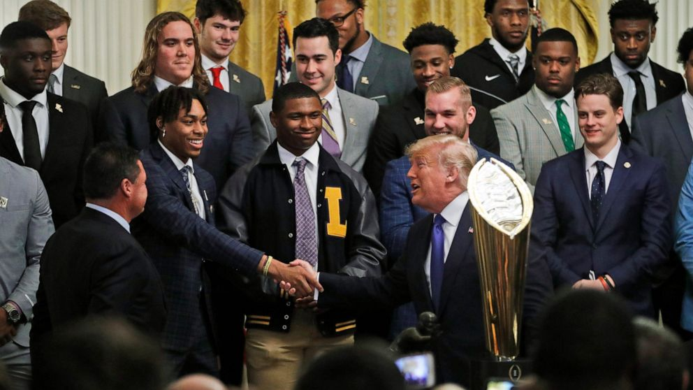 Trump welcomes LSU Tigers to White Home