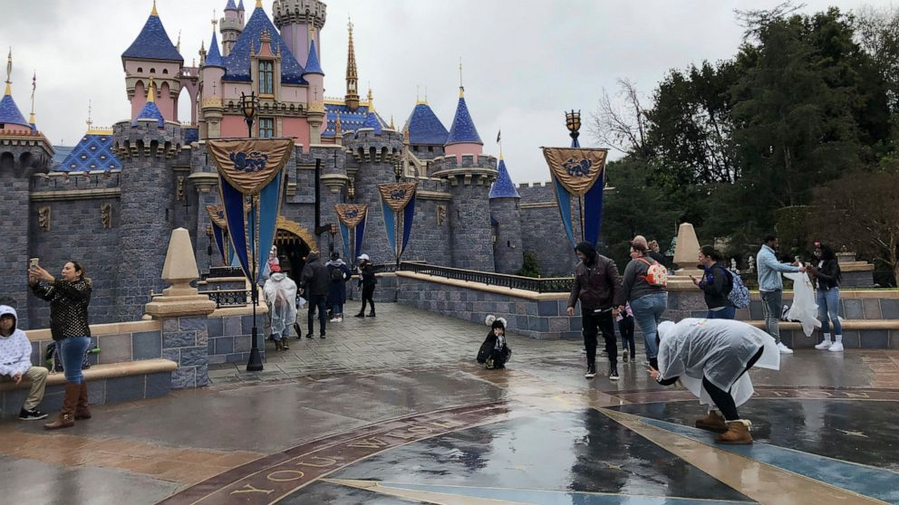 Hollywood Disneyland guests be pleased final day sooner than closure for virus