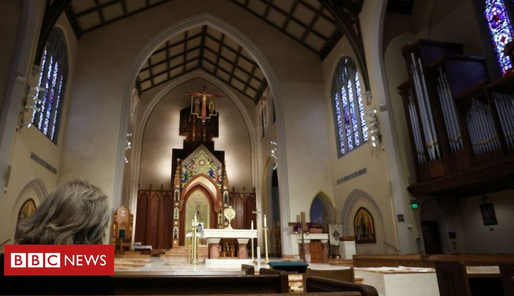 Coronavirus: Why some US church buildings are level-headed open this Easter
