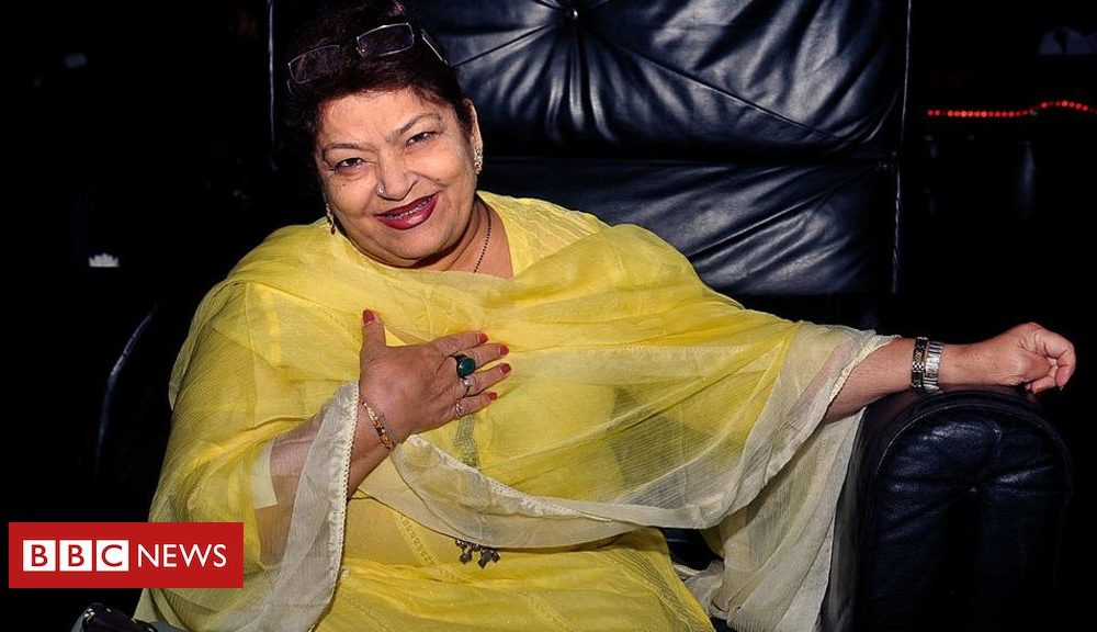 Bollywood choreographer Saroj Khan dies